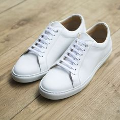 Made from Italian calf leather these sharp white sneakers are bound to enrich y - Adidas White Sneakers - Latest and fashionable shoes - Made from Italian calf leather these sharp white sneakers are bound to enrich your footwear collection. White Sneakers Outfit, White Shoes, Leather Sneakers, Sneakers Fashion, Fashion Shoes, Mens Fashion, Men's Sneakers, Mens White Sneakers, Men Styles