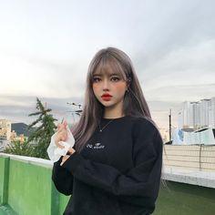 Ulzzang Fashion, Ulzzang Girl, Korean Fashion, Korean Girl, Asian Girl, Cute Little Things, Silver Hair, Cute Girls, Hair Cuts