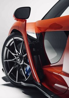 The McLaren Senna has been engineered with a single determined objective: to be the ultimate McLaren track-concentrated car for the road. Porsche, Audi, Bmw, Ferrari, Bespoke Cars, Bike Sketch, Mclaren Cars, Mercedes Amg, Motor Works