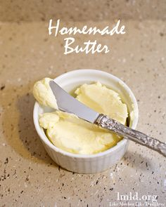 Homemade Butter is pretty easy to make and so delicious too! #lmldfood