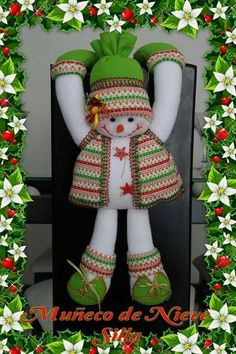 Alegres con sus regalos Wall Christmas Tree, Christmas Snowman, Christmas Time, Christmas Stockings, Christmas Ornaments, Christmas Dining Table, Snowman Crafts, Xmas Decorations, Christmas Projects