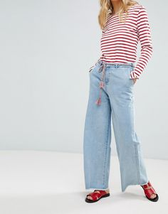 Buy Maison Scotch Raw Hem Wide Leg Jeans with Rope Belt at ASOS. With free delivery and return options (Ts&Cs apply), online shopping has never been so easy. Get the latest trends with ASOS now. Scottish Clothing, Scottish Fashion, Wide Leg Jeans, Blue Jeans, World Of Fashion, Fashion Online, Mom Jeans, Latest Trends, Belt