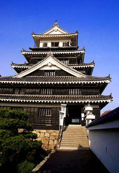 Castelo Nakatsu, em Oita, Kyushu, Japão.