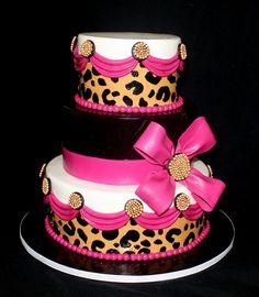 pink leopard cake - este é a cara da Josi Ramos Ferreira Gorgeous Cakes, Pretty Cakes, Cute Cakes, Amazing Cakes, Cheetah Cakes, Leopard Cake, Pink Leopard, Birthday Cake Girls, Birthday Cakes