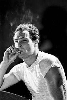 I'm Old Fashioned Marlon Brando, Classic Hollywood, Old Hollywood, Hollywood Actresses, Hollywood Icons, Hollywood Fashion, Full Contact, Pier Paolo Pasolini, Streetcar Named Desire