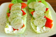 Smoked Salmon on Romaine Lettuce - Joe's Healthy Meals Balsamic Steak Rolls, Healthy Meals, Healthy Recipes, Fresh Dill, Smoked Salmon, Fish And Seafood, Lettuce, Cucumber, Stuffed Peppers