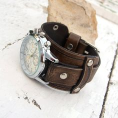 Mens Leather watch Antique brown rustic leather Wrist door Jullyet