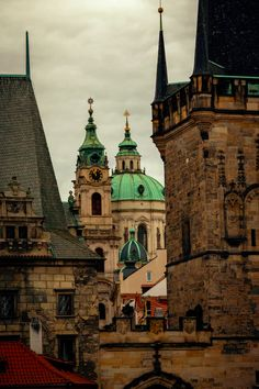 100+ Beautiful Prague Pictures | Download Free Images on Unsplash Prague City, Prague Travel, Concrete Building, Cities In Europe, Luxury Interior, Free Images, Places To Visit, Around The Worlds, Explore