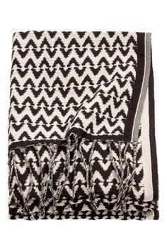 Jacquard-weave blanket   H&M