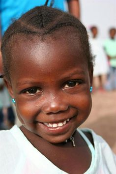 Little girl from Guinea Bissau (Guiné Bissau).
