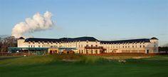 The rear exterior shot of Castleknock Hotel & Country Club close to Dublin City, Ireland 4 Star Hotels, Best Hotels, Dublin Hotels, Park Restaurant, Wedding Brochure, Dublin City, At The Hotel, Ireland Travel