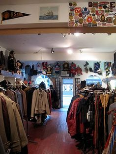 Montreal Vintage: Shopping the Scene: Montreal Vintage Hot Spot #2