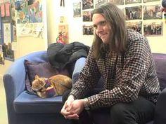 Risultati immagini per james bowen and bob Cats Bus, Cats And Kittens, I Love Cats, Cool Cats, A Cat Named Bob, Bobcat Pictures, Street Cat Bob, Cat Playhouse, How To Cat