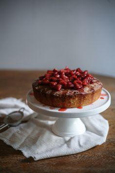 Summer Strawberry Syrup Cake I Daisy and the Fox