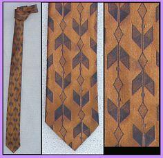 1960s Skinny Necktie Copper & Black Arrow Motif Mens Narrow Neck Tie