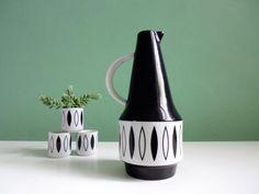 Vintage Lotus Vase Kanne Vase Porzellan 50er von ILoveSparrows auf DaWanda.com