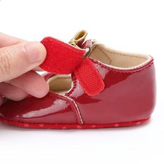 new arrival e62c8 a0c38 Nyfødte Babysko til Kids Crib Sko Fashion PU Læder Baby Moccasins Sneakers  Spædbarn Toddler Girl First