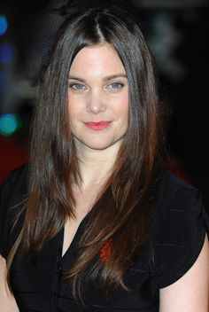 Liz White is an English actress. Her birth name is Elizabeth White and she was born on November 1979 in Rotherham, United Kingdom. She was trained at the Liverpool Institute of Performing Arts.