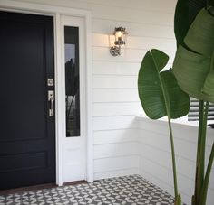 Looking to boost your home's curb appeal? These exterior architectural elements will make your home the best on the block. ideas hamptons 17 welcoming exterior entryway ideas for your home Front Door Entrance, House Entrance, Entry Doors, Entrance Ideas, Front Entry, Outdoor Entryway Ideas, Door Ideas, Exterior Wall Tiles, Porch Tile