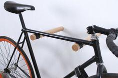 Copenhagen wooden bike rack/ Minimalist bike hooks par twonee