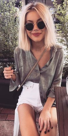 #spring #outfits Grey Oversized Blouse + White Denim Short✨