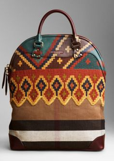 Bohemian Chic Is In Burberry has gone boho! This handbag is a beautiful blend of traditional Burberry and boho-chic. Burberry Prorsum, Bohemian Accessories, Fashion Accessories, Look Fashion, Fashion Bags, Fashion Guide, Fall Fashion, Womens Fashion, Fashion Trends