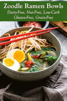 Zoodle Ramen Bowls Recipe - Healthy Zucchini Recipe that's loaded with Plants! Superfood, Low-Carb, Atkins Soup that's Dairy-Free and Gluten-Free. Plant-Based, Vegan, and Allergy-Friendly Options Dairy Free Recipes, Diet Recipes, Healthy Recipes, Gluten Free, Vegetarian Ramen, Ramen Bowl, Healthy Zucchini, No Calorie Foods, Sin Gluten