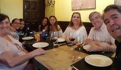 Comiendo con amigos 16 años después