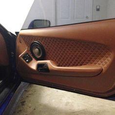95 supra custom door panel little diamond stitch peanut butter interior Custom Car Interior, Truck Interior, Passat 3c, Car Interior Upholstery, Jeep Seats, Nissan Trucks, Custom Consoles, Leather Car Seats, Car Sounds