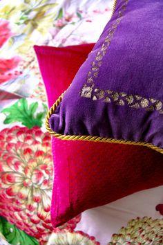 Amara Home Inspiration |Jenny Kakoudakis | Seasons in Colour  |  Amara Living | Interior | Interior Design | Interior Style | Interiorlovers | Interior123 | #Interior Decorating |  Interiorstyling | Interiorarchitecture | Interior Design Ideas | Interiordetails | Home | Interiorforinspo | Decor | Homedesign | Cushions | Purple Cushion | Pink Cushion | Pattern | Colourful Home | Interior Bloggers |