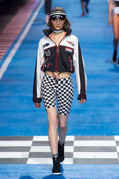Fashion Week Fall 2018 Trend Motorspot Motocross Racing - Fashionista Informations About Designers R Races Fashion, Sport Fashion, Runway Fashion, Fashion Show, Fashion Trends, Milan Fashion, Womens Motorcycle Fashion, Motorcycle Outfit, Look Festival