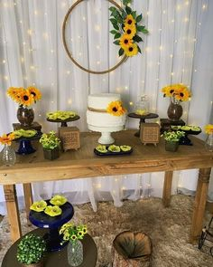 Sunflower Party Themes, Sunflower Birthday Parties, Sunflower Wedding Decorations, Birthday Party Tables, Bridal Shower Decorations, Birthday Party Decorations, 21st Birthday, Sunflower Baby Showers, Cake Table Decorations