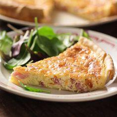 Cette recette simplissime à bien des variantes, je les ai toutes essayées ou presque ! Ma préférée reste celle-ci avec un peu de fromage râpé qui apporte...