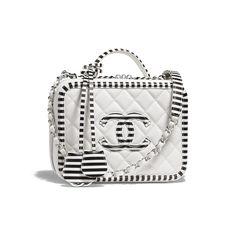 395130b9a2ce 34 Best Chanel Vanity Case images | Chanel vanity case, Beige tote ...
