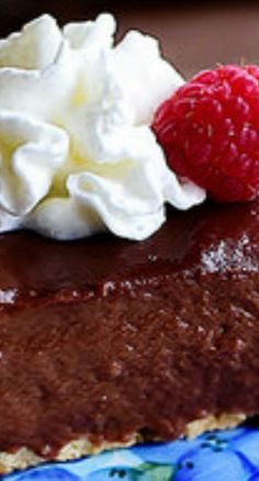 * No Bake Chocolate Pie (Pastry Crust) | The Pioneer Woman