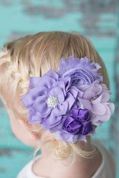 purple flower hair bow for girls - La Bella Rose Boutique. Flower girl hair, wedding style hair, lavender hair bows, baby girl bows, baby girl headbands, girl's hairstyles.