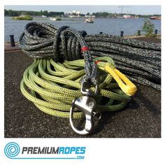Ropes with Dyneema core with Wichard shackle spliced and eyesplice, custom made for one of our customers. #premiumropes #boating #sailing #sailingboat #store #webshop #dynema #dyneema #vela #splicing #ropesplicing #boatcandy #ropework #rigging
