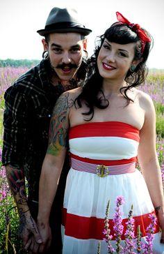 Casais tatuados e modificados para o Valentine's Day