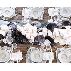 Beautiful beachy tablescape shared by @karissa_lea. . . . #tablesetting #wedding…