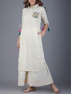 Ivory Collared Handwoven Khadi Kurta with Embroidered Pocket Pakistani Dress Design, Pakistani Dresses, Girl Fashion, Fashion Dresses, Fashion Design, Fashion Ideas, Khadi Kurta, Kurta Patterns, Fancy Kurti