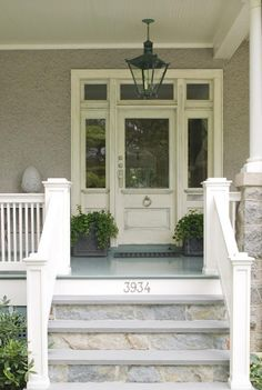 Door Design: Best Front Porch Steps Ideas On Porch Stairs Front Door Steps, House With Porch, Front Porch Steps, House Entrance, Exterior Stairs, Front Door, Farmhouse Front Porches, Building A Porch, Porch Flooring