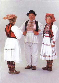 Pisarovina.  Europeans wearing mocassins.