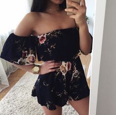 Black floral romper - All About Fashion Teenage Outfits, Outfits For Teens, Casual Outfits, Cute Summer Outfits, Pretty Outfits, Spring Outfits, Teen Fashion, Fashion Outfits, Womens Fashion