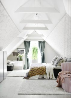 A scandi home with pastel touches - Daily Dream Decor Attic Master Bedroom, Attic Bedroom Designs, Attic Bedrooms, Attic Design, Bedroom Loft, Bedroom Decor, Attic Bathroom, Master Suite, Interior Design