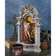 Design Toscano The Niche of St. Michael the Archangel Statue - QS28022