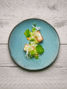 Sea scallops, apple and fennel by chefs Paulo Airaudo and Francesco Gasbarro of La Bottega. ©️️ Alex Teuscher - See more at: http://theartofplating.com/editorial/chefs-paulo-francesco-of-la-bottega-on-quality-and-simplicity/#sthash.Nx2659k7.dpuf