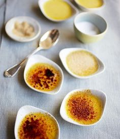 Creme Brulee Rezept von Rachel Khoo.