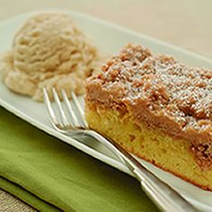 Cinnamon Coffee Cake and Bay Leaf Ice Cream - Find this recipe in our Recipe IdeaBase!