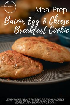 Grab and Go Breakfast that you can eat all week long! Say help the the Bacon, Egg & Cheese Breakfast Cookie! One batch and you'll have 18 breakfasts ready to go! Oatmeal Breakfast Cookies, Breakfast Cookie Recipe, Breakfast Recipes, Breakfast On The Go, Perfect Breakfast, Healthy Breakfast Meal Prep, Bacon Egg And Cheese, Cookie Calories, Inexpensive Meals