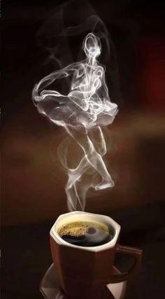 Coffee time for coffee art ~. Coffee Cafe, Coffee Drinks, Coffee Shop, Good Morning Coffee, Coffee Break, I Love Coffee, My Coffee, Café Chocolate, Smoke Art